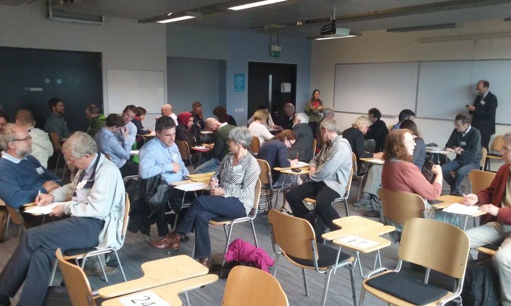 Aquatic Speed Dating in Action at the NUI Galway Wetland Conference (Photo by Mark Healy, NUI Galway)