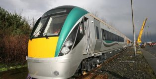 new-trains-for-iarnrod-eireann-4-752x501