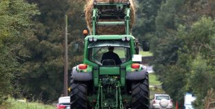 Agriculture-Farming-Tractor-1-PF-696x385