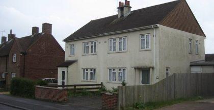 Vacant_property_-_Baynard_Close_-_geograph.org.uk_-_1283143